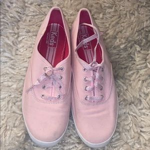 Women's pink keds. Good condition